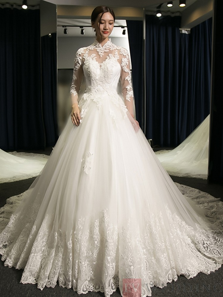 High Neck Long Sleeves Appliques Lace-Up Tulle Wedding Dress
